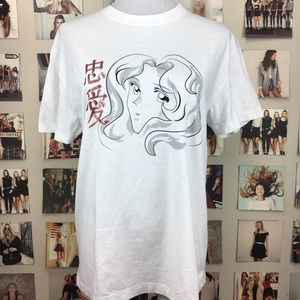 Brandy melville anime girl gtaphic shirt top